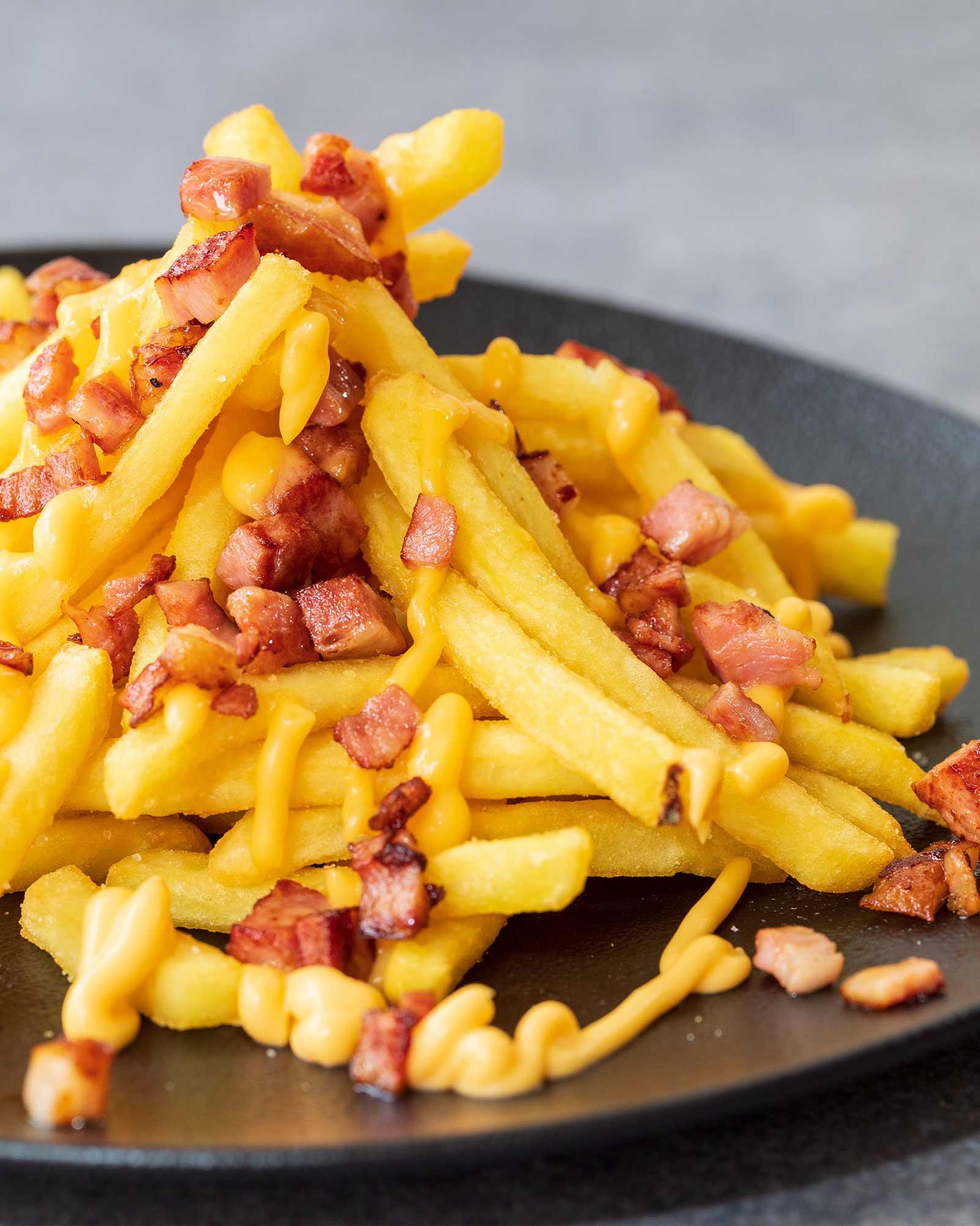 Πατάτες Τηγανητές με Cheddar & Bacon